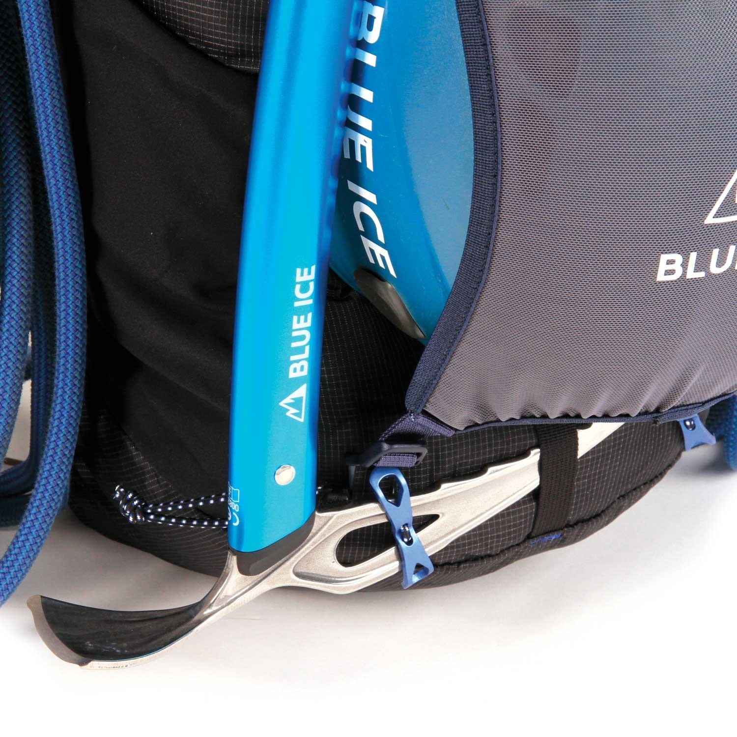 Blue Ice Dragonfly 25L Rucksack - Black - ice axe