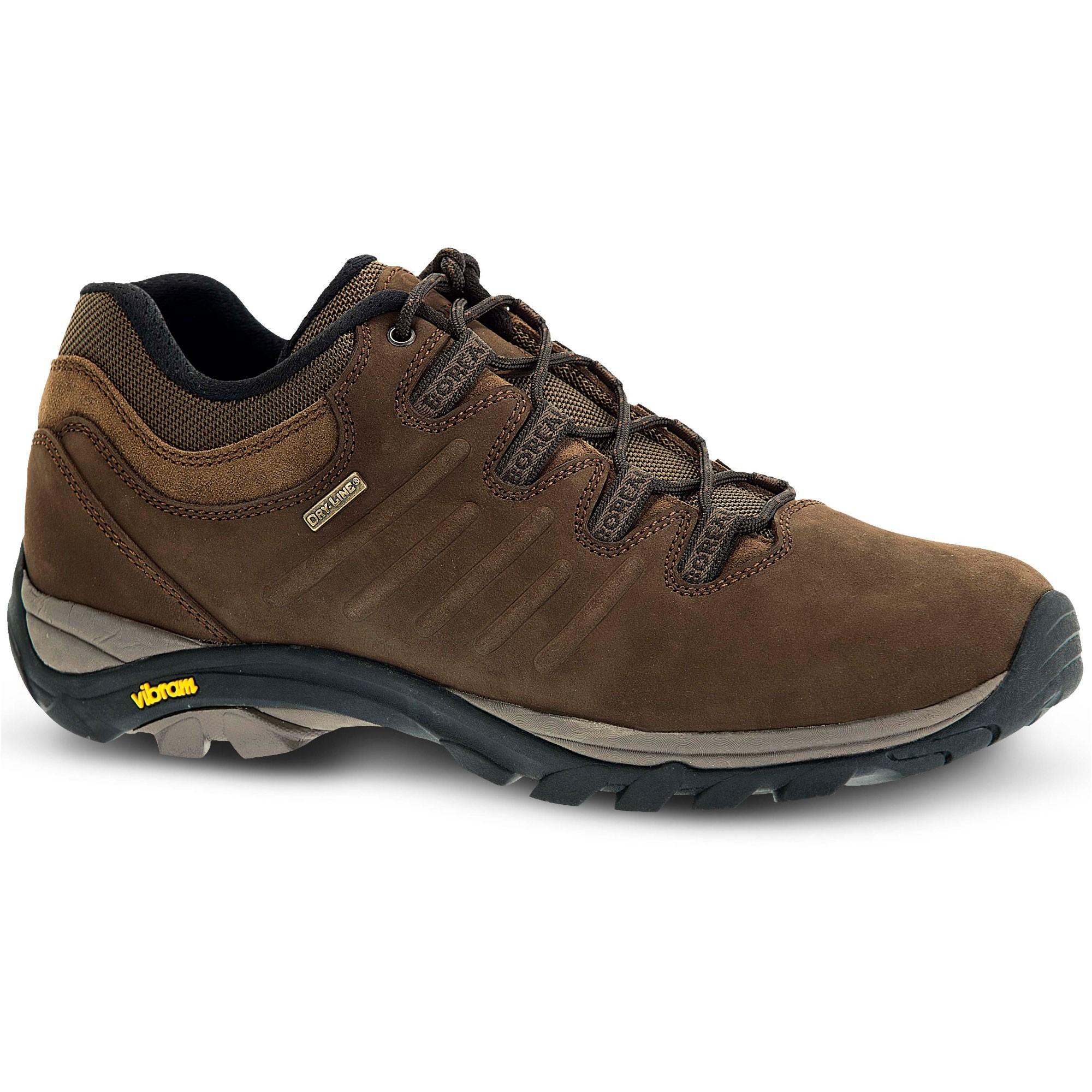 Boreal Magma Walking Shoe