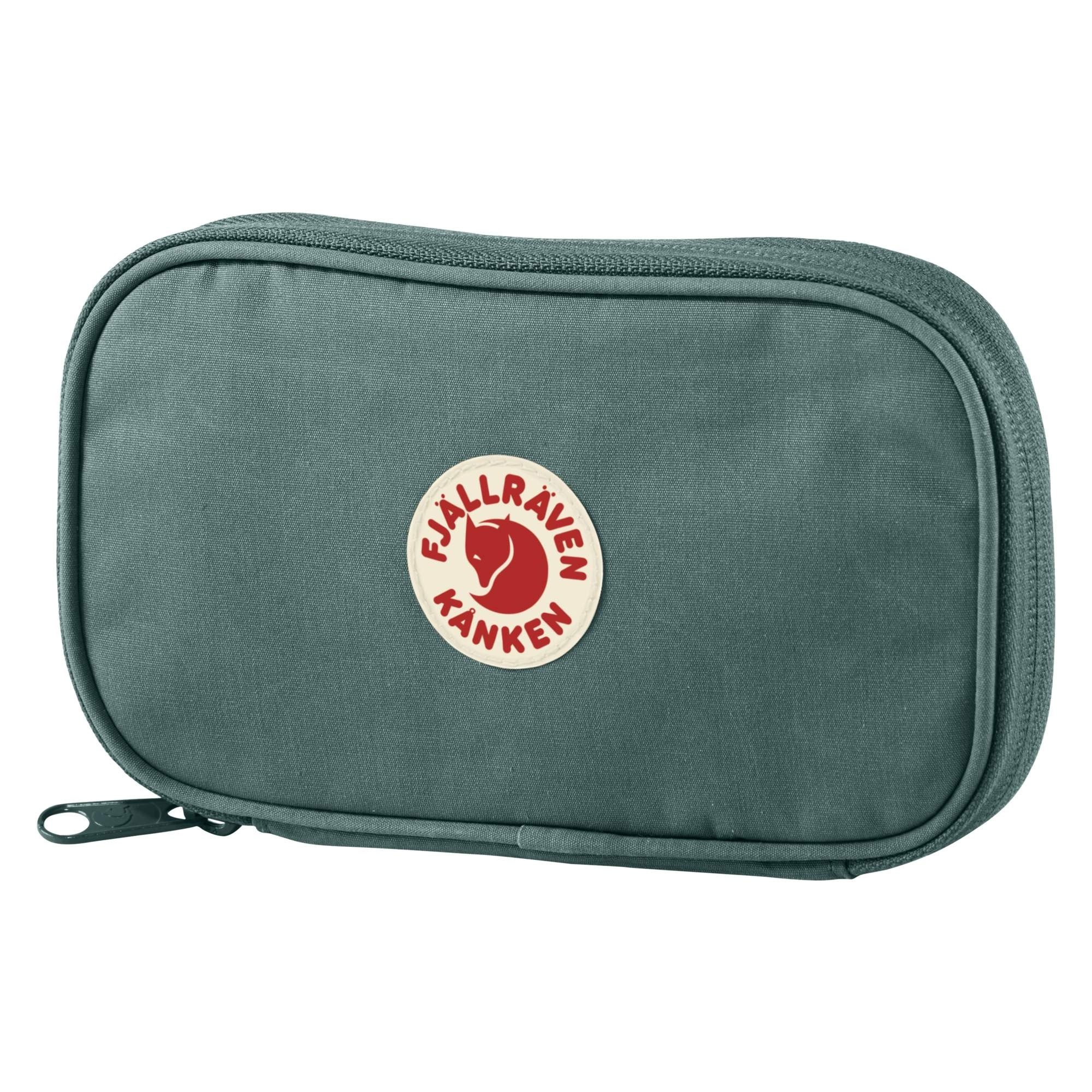 Fjallraven Kanken Travel Wallet - Frost Green