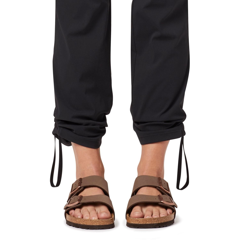 Mountain Hardwear Dynama Pants - Black - ankle cinch