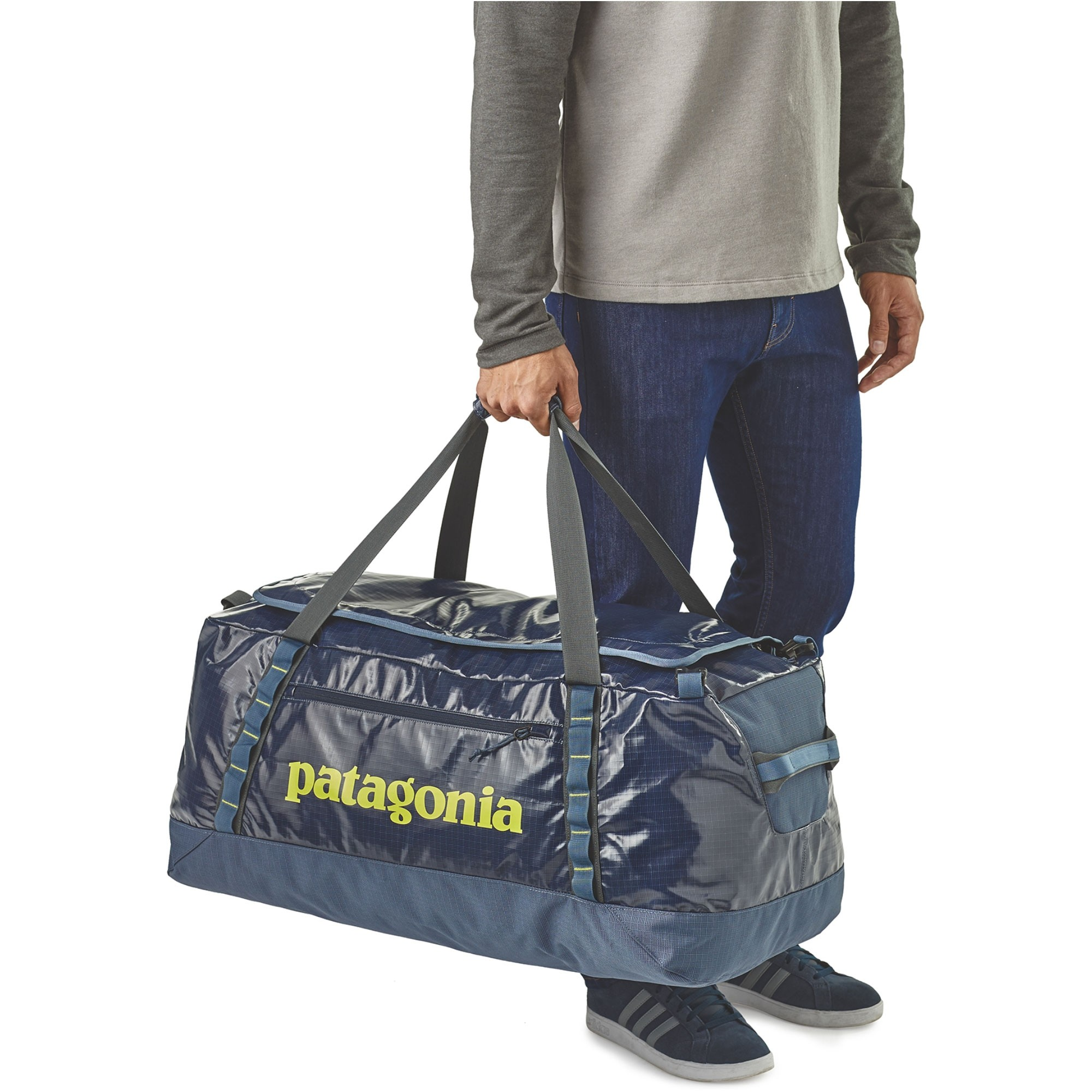 Patagonia Black Hole Duffel 90L - Dolomite Blue - carry