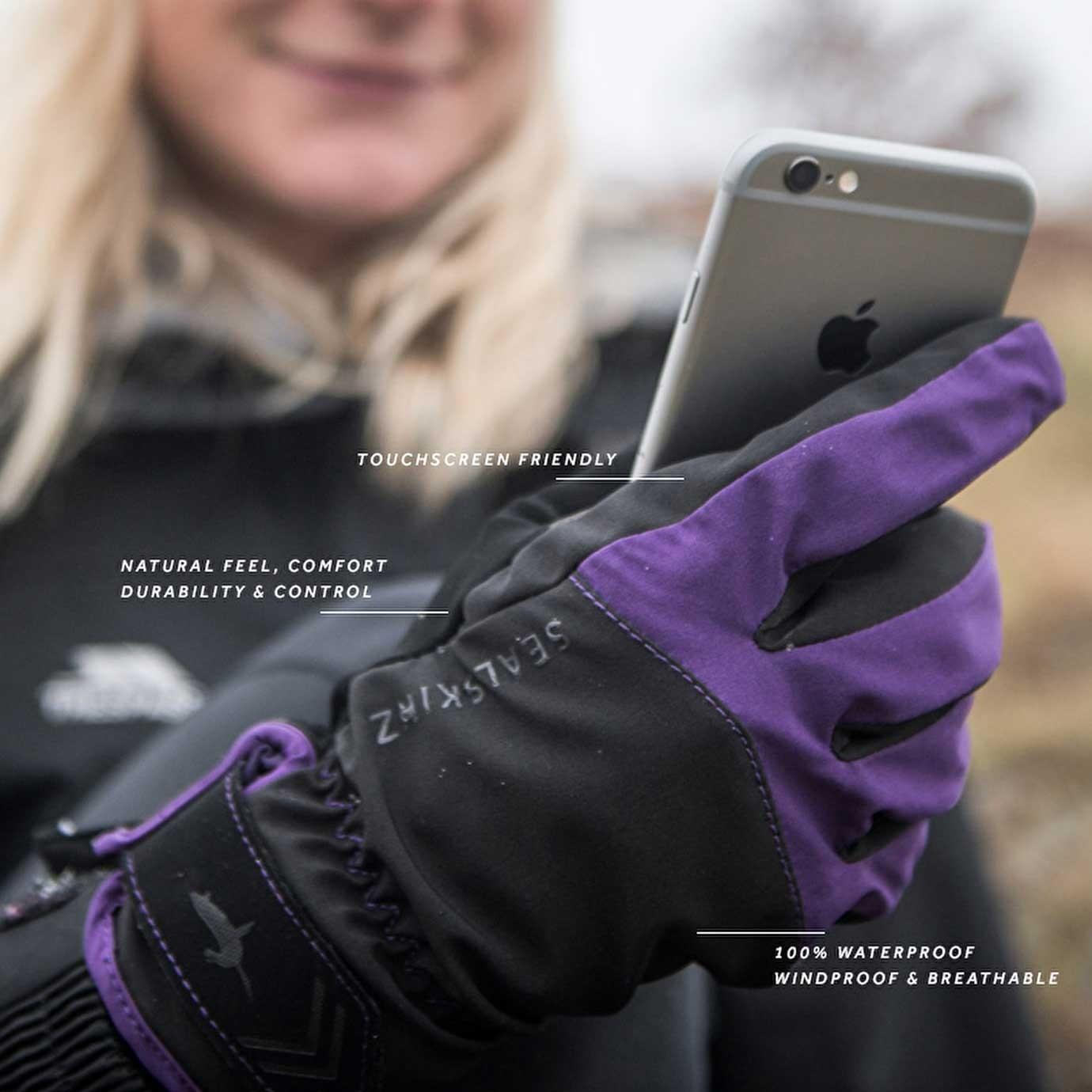 Sealskinz All Season Waterproof Women's Gloves - Black/Purple - features
