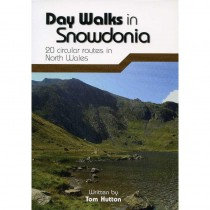 Day Walks in Snowdonia by Vertebrate Publishing