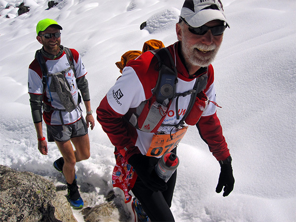 Runners in the Everest Marathon 2014