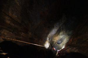 Titan Cavern, Castleton